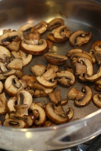 crimini mushrooms for skin health